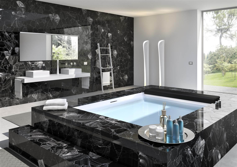 Baño de marmol negro