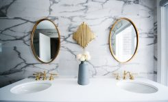 Tres ideas de baños de mármol que te encantarán